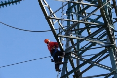 Transmission_towers_NewZealand_04_S_4204