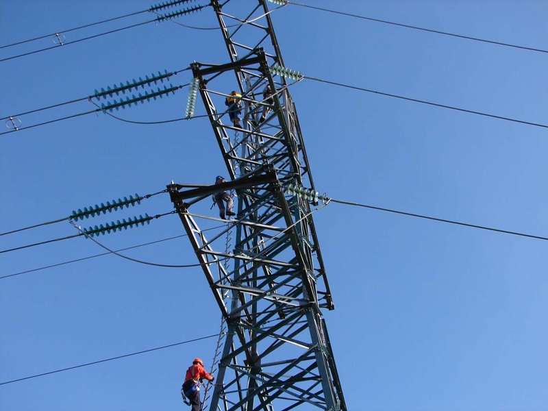Transmission_towers_NewZealand_02_S_4202